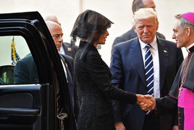 Recados sobre paz e ambiente nos presentes do Papa a Trump