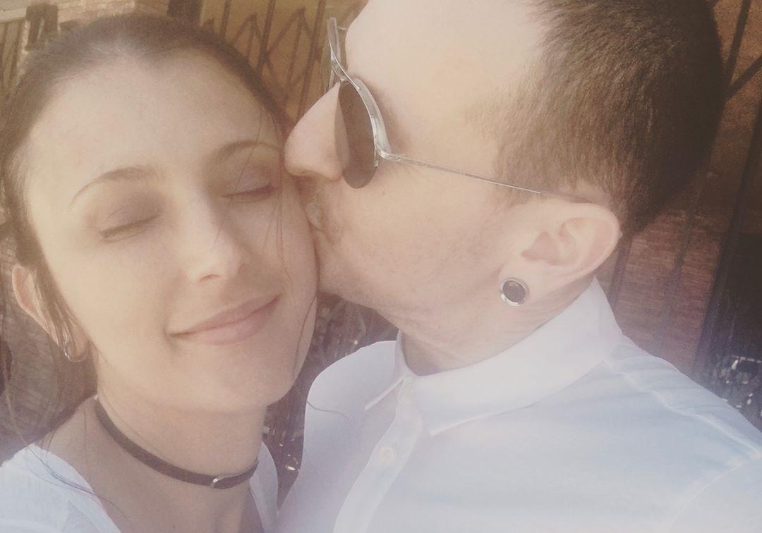 'Perdi minha alma gêmea', diz viúva de Chester Bennington