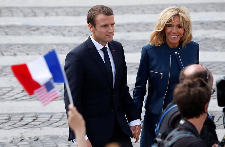 Macron conversa com Rihanna sobre trabalhos humanitários
