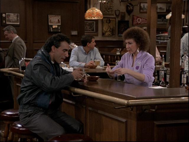 Morreu o ator Jay Thomas, de 'Murphy Brown' e 'Cheers'