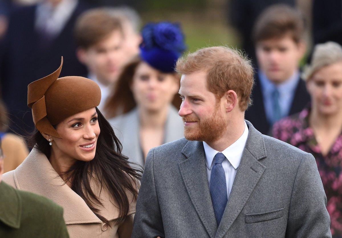 Com Harry, Meghan Markle participa de Natal da família real britânica