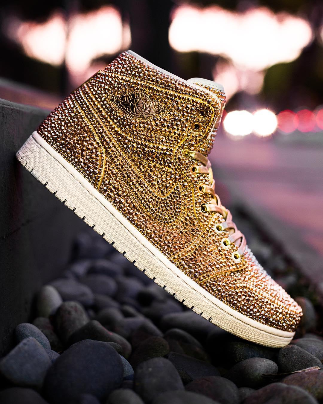 b23998c2a9c Irresistíveis as luxuosas sapatilhas da Nike - MoveNotícias